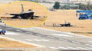 Diyarbakır'da F-16 piste çakıldı, pilot atladı